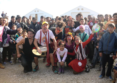 camp-refugiats-2015-cirquet-confetti-equip