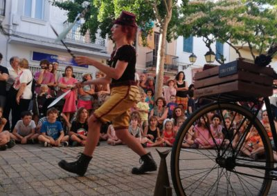 tri-circ-espectacle_carrer